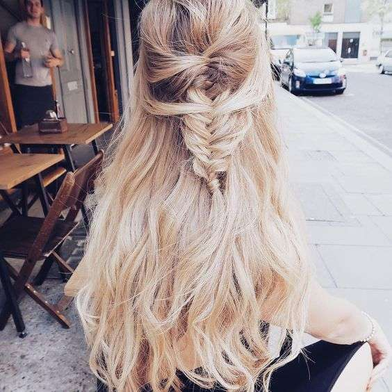 Vixen blush hair extension styling vixen blush its no secret that hair extensions work great for styling they hold styles so well and for such a long time weve become known for our before and after pmusecretfo Images